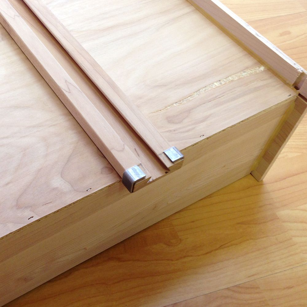 Rear Mounting Bracket For Wood Center Mount Drawer Slide