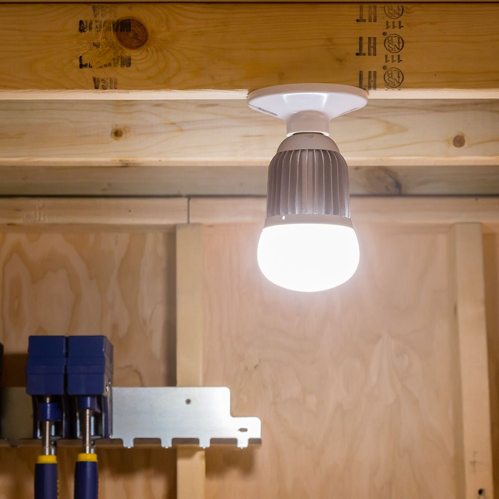 Led Shop Lights With Reflector Shrouds: Rockler Woodworking And Hardware