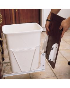 Lets you mount a door panel directly to RV series waste containers and 5CW2 series cookware organizers.