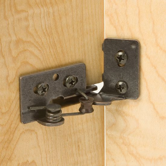 Snap Closing Semi Concealed Hinges For 1 4 Quot Overlay Doors