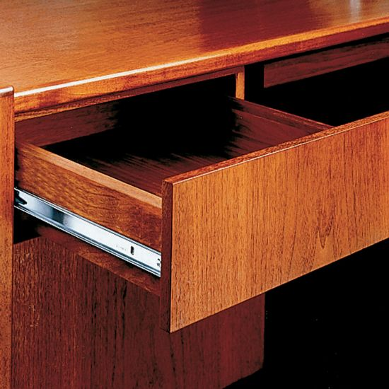 75-lb. 3/4 Extension Drawer Slide - Accuride 2132