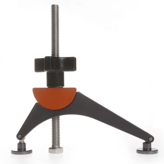 Use thispivoting hold-down clamp to secure work to the table surface of your Bridge City Tools Jointmaker Pro v2 (#64379, sold separately).