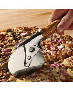 Cut pizza quickly and easily