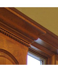 Cabinet Top In Traditional Crown Molding