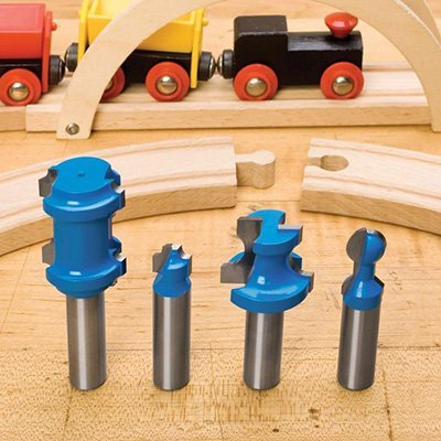 Build an heirloom toy train track using this free track plan