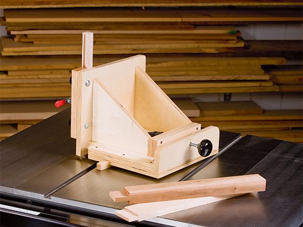 Shop-made table saw tenoning jig