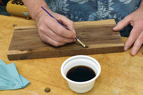 Adding dyes to sapwood to make it appear like heartwood