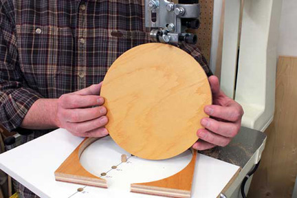 Circle cut with a small jig and a band saw