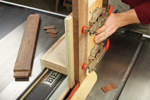 Cutting an end tenon on a toggle clamp jig