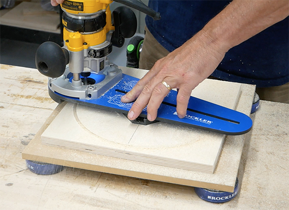 router cutting a circle
