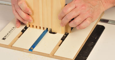 Using box joint jig to cut on a router
