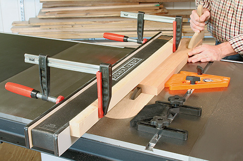 Using a dado blade to cut groove for dentil inlay in picture frame