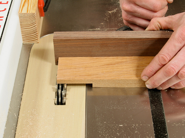 Using a dado stack to cut half lap joinery