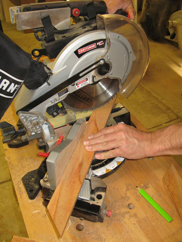 Using miter saw to cut trim for planter top