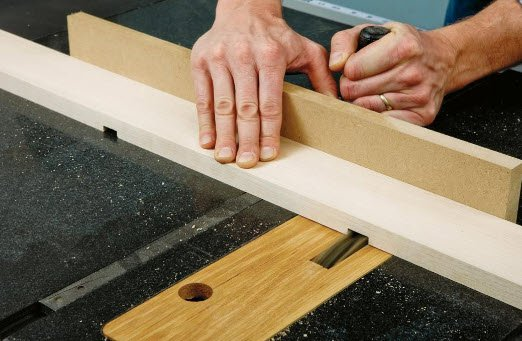 Cutting dados for outfeed table leg brackets