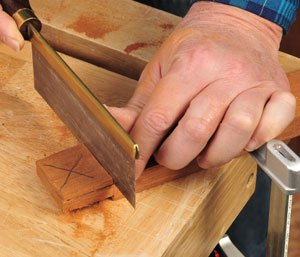 Couting the other side of the tenon with hand saw