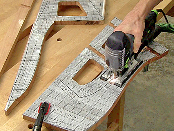 Using a paper template to guide jigsaw cuts