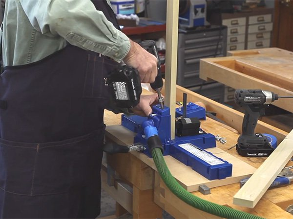 Using a Kreg jig to perform pocket screw joinery