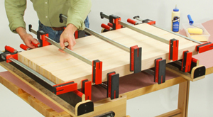 Clamping together parts for an oak wood bartop