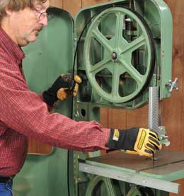 Installing a new blade in a band saw