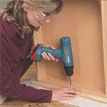 Screwing drawer front to drawer casework