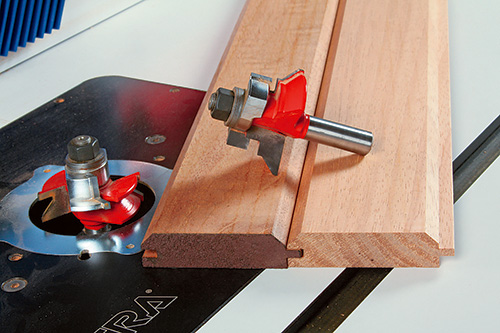 Detailed view of a joint cut by a v-panel router bit