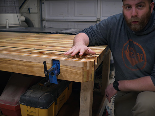 Pipe clamp workbench vise with laminated pallet wood