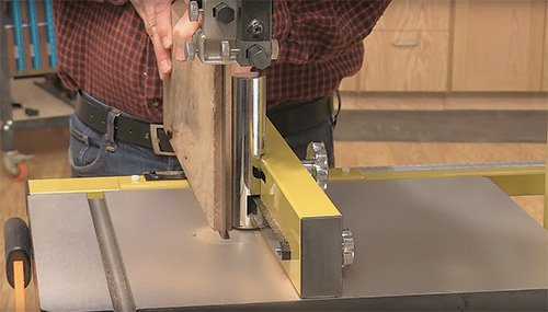 Pre-installed point fence attached to a large, 15-inch band saw