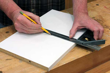 Using combination square to mark centerline on circle cutting jig