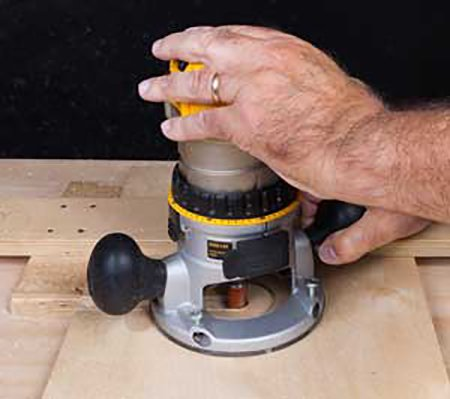 Making router dado cut along fence