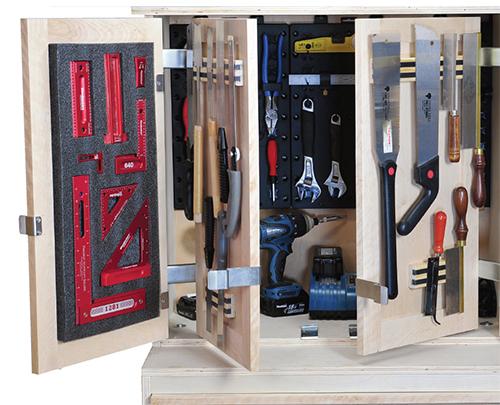 Mobile workshop storage cabinet