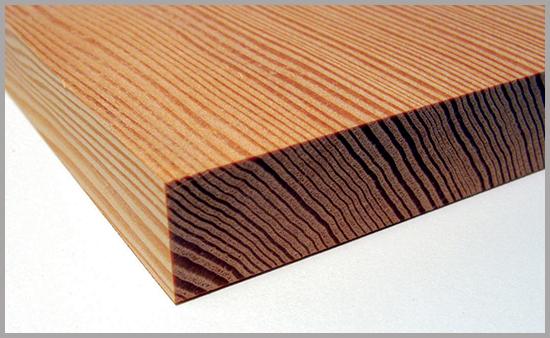Grain pattern on a rift sawn board