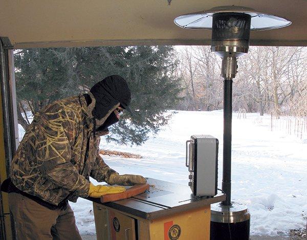 Using router in garage workshop during winter