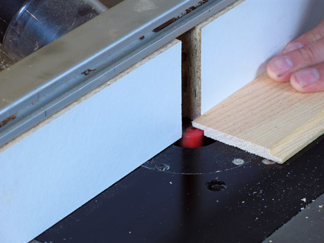 Cutting a lap joint with a router
