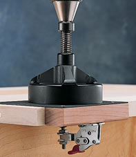 Installing concealed hinges with jig it installer