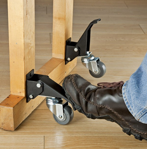 Setting the lock on Rockler workbench casters