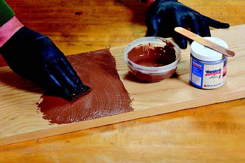 Adding Wundefil pore filler to lumber