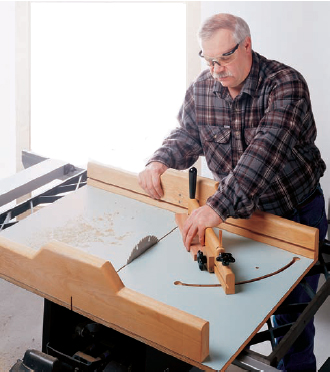 Using crosscut sled to cut small case parts