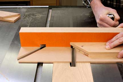 Squaring half lap miter joint shoulder joinery