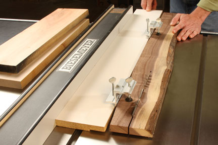 Using a straight cutting jig outfited with e-z jointer clamps
