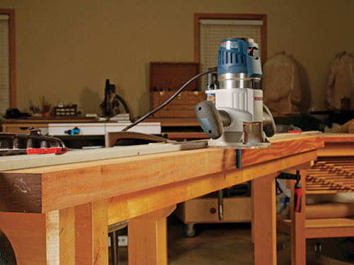 straight edge guided router