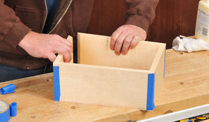 Clamping miter joint frame with tape