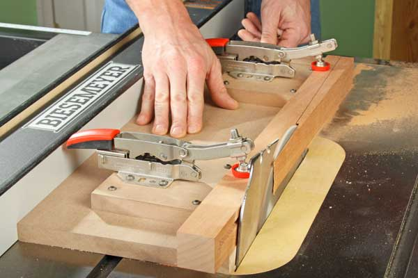 Making a tapered cut using a toggle clamped jig