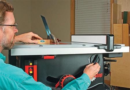 Sawstop jobsite saw microtilt blade tilting dial