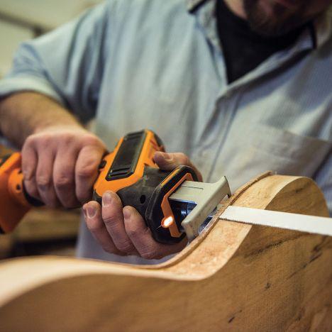 Triton t12rs 12 volt cordless reciprocating saw