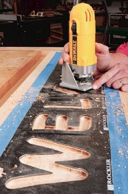 using dewalt trim router to make a sign