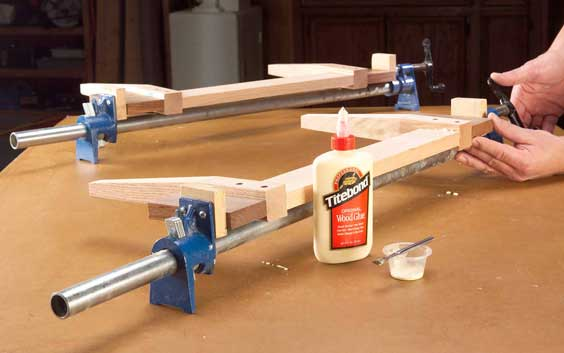 Adding pressure blocks and clamp pads to pipe clamp for glue-up