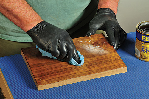 Using blue shop towels to wipe off polyurethane finish